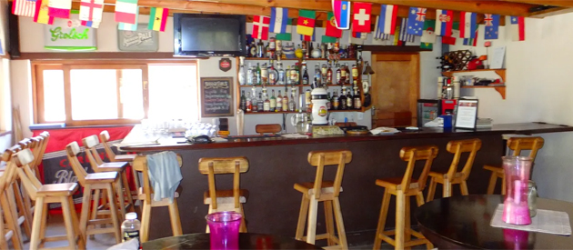 BARRYDALE BACKPACKERS & DUNG BEETLE BAR